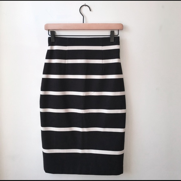 Banana Republic Dresses & Skirts - NWT Banana Republic Striped Sloan Pencil Skirt 0